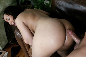 Free Cum on Mature Ass Porn Pictures